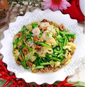 韭香核桃虾 - 找菜图