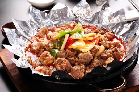 铁板咖喱牛腩 - 找菜图