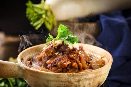 牛肉炖萝卜 - 找菜图