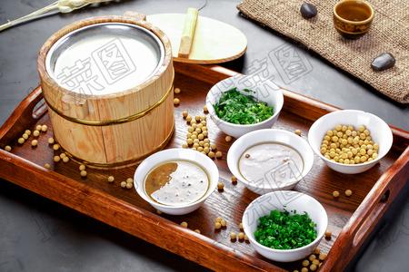 木桶小豆腐 - 找菜图