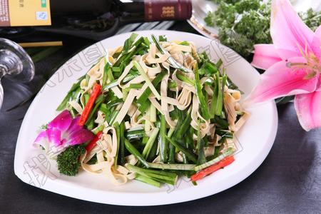 韭菜干豆腐 - 找菜图