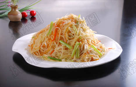金针蘑土豆丝 - 找菜图