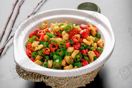 双椒肉碎炒芽菜 - 找菜图