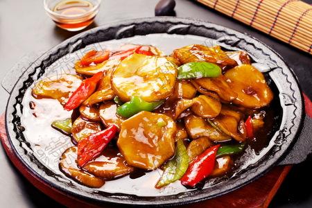 铁板片夹杏鲍菇 - 找菜图