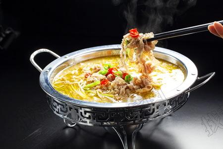 酸汤肥牛 - 找菜图