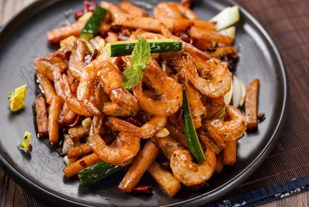 红薯香辣虾 - 找菜图