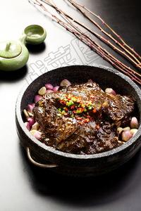 石锅黑椒碟鱼头 - 找菜图