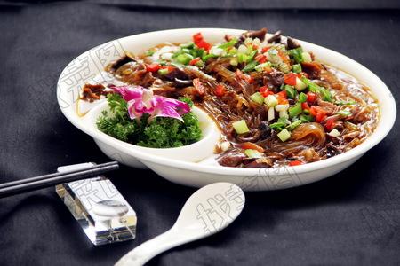 黄蘑炒粉 - 找菜图