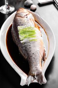清蒸海鲈鱼 - 找菜图