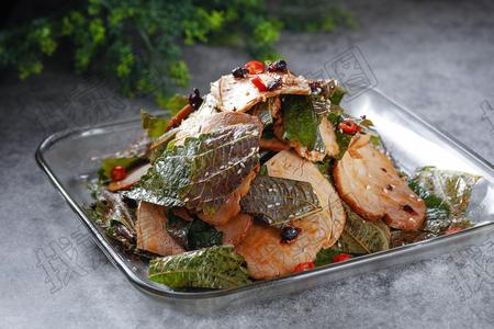 苏子叶拌熏肉 - 找菜图