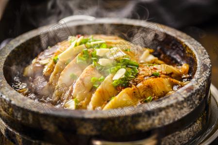 石锅鲽鱼肉 - 找菜图