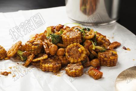 西兰花玉米藕片 - 找菜图