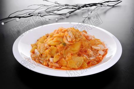 辣白菜压土豆片 - 找菜图