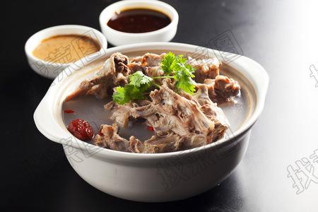 特色羊蝎子锅 - 找菜图