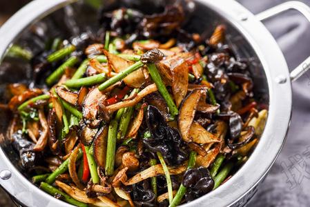 干锅杂菌 - 找菜图