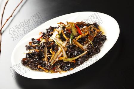 葱烧木耳蟹味菇 - 找菜图