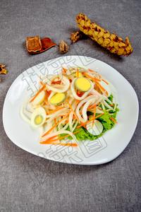 鱿鱼沙拉 - 找菜图