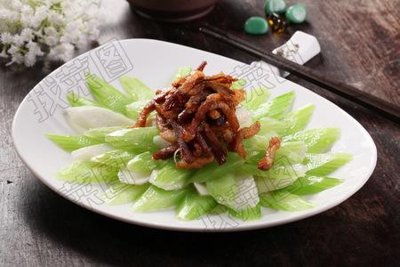 西芹山药碳烧肉 - 找菜图