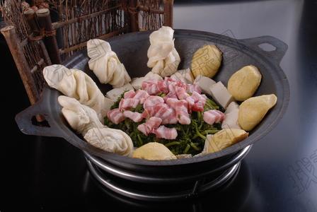 红烧肉雪里蕻豆腐 - 找菜图