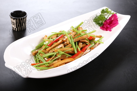 杏鲍菇炒茼蒿 - 找菜图