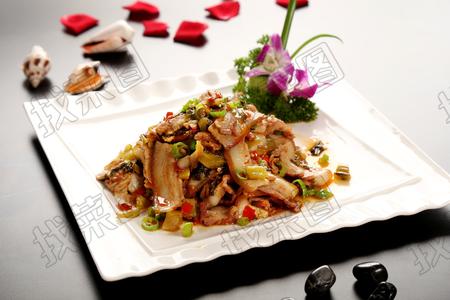 泡菜剁椒炒卤肉 - 找菜图