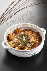 砂锅鱼头 - 找菜图