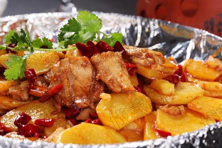 铁板土豆 - 找菜图